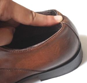 革靴を柔らかく