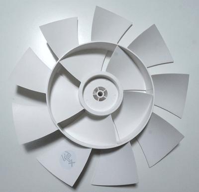 バルミューダ扇風機グリーンファン部