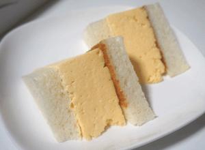 マドラグ・コロナの玉子サンド